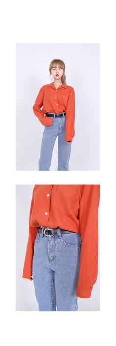 컬러감이 예쁜 코튼 셔츠입니다. 화려한 색감이지만 톤이 다운되어 부담스럽지 않고, 고급스럽게 스타일링할 수 있습니다. 살짝 여유있게 떨어지는 품이라 착용감이 편하며 과하지 않은 기본 실루엣으로 드레스업하기 좋은 상품입니다. 컬러는 아이보리, 옐로우, 오렌지, 블