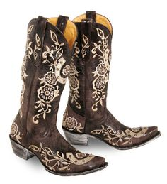 Even cowgirls get the shoes