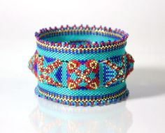 Dorothy Siemens, seed bead bracelet