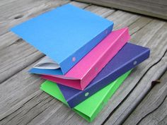 DIY 3 ring binders for your dolls. Tutorial also includes folders.