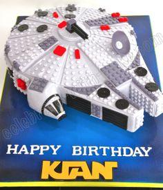 Millenium Falcon Lego Cake - for the Star Wars nerd