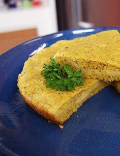 Pão de fubá é uma excelente opção para quem quer parar ou diminuir com o consumo do glúten. Como não leva farinha, o alimento pode ser ingerido por celíacos. Confira a receita e as dicas de Daniel Bork.
