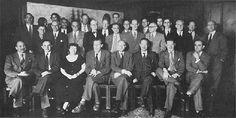 10th Macy Conference (1953) 1 T.C. Schneirla, Y. Bar-Hillel, M. Mead, W. McCulloch, Jan Droogleever-Fortuyn, Yuen Ren Chao, W. Grey-Walter, Vahe E. Amassian. 2 Leonard J. Savage, Janet F. Lynch, Gerhardt von Bonin, Lawrence S. Kubie, Lawrence K. Frank, Henry Quastler, Donald G. Marquis, Heinrich Kluver, F.S.C. Northrop. 3 Peggy Kubie, Henry Brosin, G. Bateson, Frank Fremont-Smith, John R. Bowman, G.E. Hutchinson, Hans Lukas Teuber, Julian H. Bigelow, Claude Shannon, W. Pitts, H. von Foerster