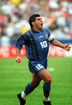 21 de Junio de 1994, Foxboro Stadium, Boston, USA. Grito de gol. Argentina…