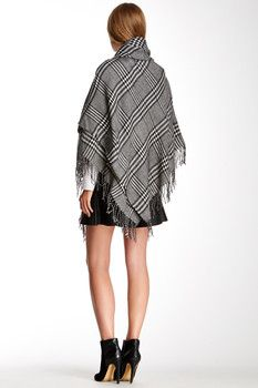 Accessory Street Traditional Plaid Poncho