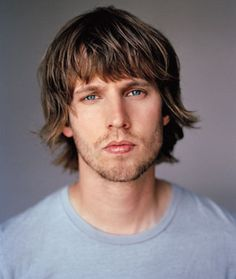 Jon Heder, he's just too cute. Now it can be told. I had a little crush on Jon Heder for a while. So sue me. Funny Cartoons For Kids, Funny Quotes For Kids, Funny Jokes To Tell, Funny Picture Quotes, Funny Humor, Funny People Movie, Funny Photos Of People, Relationship Images, Funny Relationship Memes