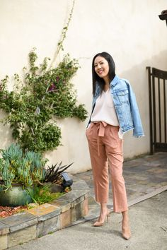 Ready for spring - tie waist blush pants Casual Outfits, Cute Outfits, Fashion Outfits, Fashionable Outfits, Casual Attire, Basic Outfits, Office Outfits, Work Attire, Office Wear