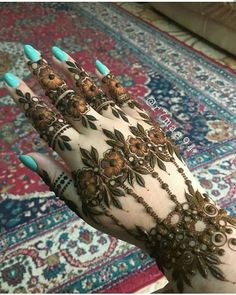 Dubai Mehendi Designs, Khafif Mehndi Design, Mehndi Designs Book, Mehndi Design Pictures, Modern Mehndi Designs, Mehndi Designs For Girls, Mehndi Designs For Beginners, Wedding Mehndi Designs, Beautiful Henna Designs