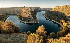 Download wallpapers rocks, river, autumn, sunset, river turn, beautiful landscape