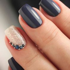 Trendy Winter Nail Art Ideas For 2019 These trendy Nails ideas would gain you amazing compliments. Check out our gallery for more ideas these are trendy this year. ideas Trendy Winter Nail Art Ideas For 2019 Prom Nails, My Nails, Wedding Nails, Dark Gel Nails, Dark Blue Nails, Nail Manicure, Nail Polish, Manicure Ideas, Nagellack Design