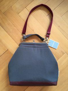 "Tasche ""flaniert""L in antrazith/Brombeere aus Vintagematerial Lisa, Bags, Fashion, Blackberry, Handbags, Moda, Fashion Styles, Fashion Illustrations, Bag"