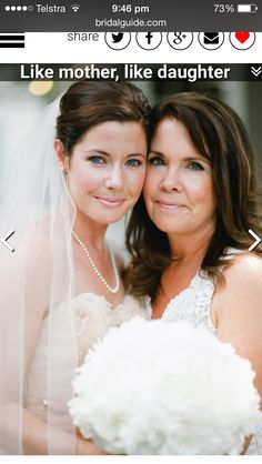 mother-daughter duo flash the same subtle but glowing smile. Photo Credit: Lauren Larsen on Southern Weddings via This mother-daughter duo flash the same subtle but glowing smile. Photo Credit: Lauren Larsen on Southern Weddings via Wedding Picture Poses, Wedding Photography Poses, Wedding Poses, Wedding Photoshoot, Wedding Shoot, Dream Wedding, Trendy Wedding, Photography Ideas, Wedding Family Photos