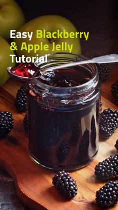 Easy Blackberry & Apple Jelly with step-by-step video tutorial. Here I show you how to use a colander & a pair of tights as a strainer to make clear jelly! Jelly Recipes, Jam Recipes, Canning Recipes, Vegan Recipes Easy, Kitchen Recipes, Dessert Recipes, Drink Recipes, Dinner Recipes, Blackberry Jelly Recipe