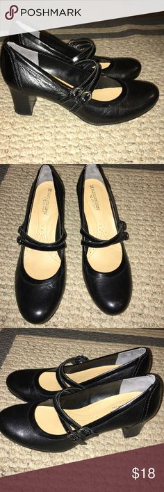 Naturalizer N5 Comfort Black Mary Jane Heels Adorable, like new heels! Cute double buckle. Bottoms of shoes are evidence that they were barely worn! No visible marks or scuffs. Naturalizer Shoes Heels