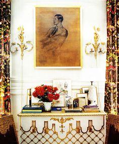 Hamish Bowles' Parisian flat; photos by François Halard for World of Interiors magazine, Oct/09