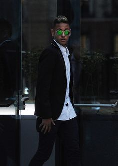 Neymar Photos: Neymar at National Court on FC Barcelona Fraud Investigation Fc Barcelona Neymar, Barcelona Players, Good Soccer Players, Soccer Fans, Neymar Brazil, Messi And Neymar, Best Player, Ronaldo, Style Guides