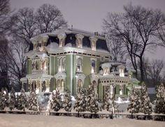 - steampunktendencies: Snowy Victorian Houses 3 ...Beautiful