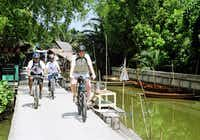 #Bangkok #Floating #Market #Bike #Tour with #Longtail #Boat #Ride and #Temple #Visits