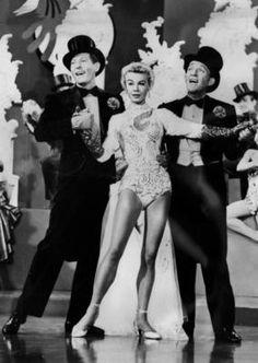 White Christmas -Bing Crosby / Danny Kaye /Vera-Ellen