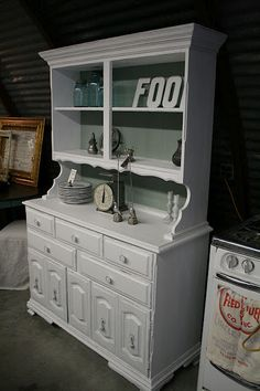 Like the hutch we have....Good idea for deco