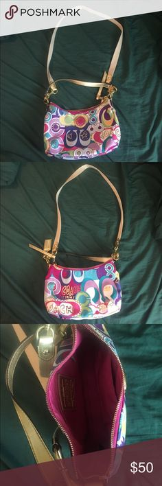 Coach Crossbody bag Gently used. Coach Bags Crossbody Bags