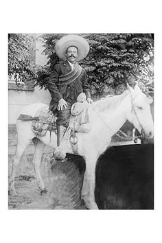 """Doroteo Arango Arámbula (June 1878 – July better known as Francisco """"Pancho"""" Villa, was the first Mexican Revolutionary general.A photograph of the great Mexican bandit taken between 1908 and Pancho Villa, Old Pictures, Old Photos, Vintage Pictures, Luigi, Mexican Heroes, Mexican Revolution, Canvas Prints, Art Prints"""