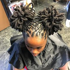 Beautiful loc style by Dreadlock Hairstyles, Braided Hairstyles, Cool Hairstyles, African Hairstyles, Summer Hairstyles, Dreadlock Styles, Dreads Styles, Beautiful Dreadlocks, Dreads Girl