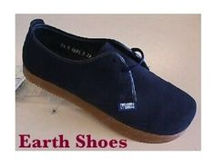 I had blue suede Earth Shoes just like this in junior high school in Florida. 70s Shoes, We Wear, How To Wear, Earth Shoes, Blue Suede Shoes, My Childhood Memories, Vintage Shoes, Comfortable Shoes, Oxford Shoes