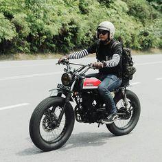 OVERBOLD MOTOR CO. : Photo Suzuki Cafe Racer, Triumph Cafe Racer, Cafe Racers, Cafe Racer Bikes, Honda Scrambler, Scrambler Custom, Scrambler Motorcycle, Honda Bikes, Honda Motorcycles