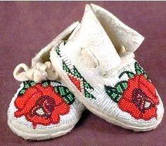 SHOSHONE Indian Handmade ROSEBUD Beaded Infant Leather Moccasins - Eva McAdams