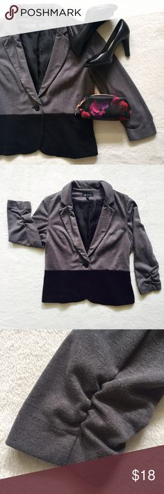 Two-tone Blazer Super snazzy and chic blazer.  Great for casual or office outfits!  Top half is charcoal grey, bottom is black.  Rouched 3/4 sleeves.  Gently worn.  Some super slight pilling on edge of sleeves, not noticeable when wearing.  Says size 12 but could also fit a 10.  Open to offers - Next-day shipping - Thanks for looking! ❤️ Jackets & Coats Blazers