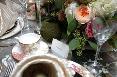 Design by Alla Akimova. Photo by Evan Felts. Flowers by B Floral.