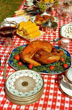 View Untitled, Tennessee by William Eggleston on artnet. Browse upcoming and past auction lots by William Eggleston. Retro Recipes, Vintage Recipes, Ethnic Recipes, Vintage Food, William Eggleston, 60s Food, Retro Food, Martin Parr, Vintage Cookbooks