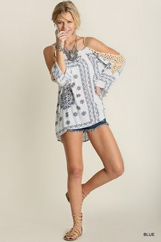 8e712aebb95892 Casual Sunday Cold Shoulder Top Crocheted Lace Blue on White Print S M L  Hippie Tops