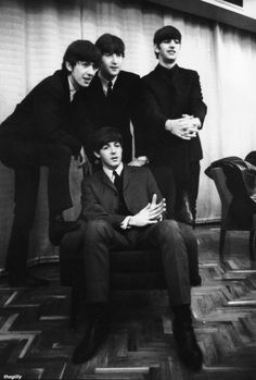 The Beatles - Terence Spencer Beatles Love, Beatles Photos, John Lennon Beatles, Paul Mccartney, Great Bands, Cool Bands, Liverpool, Sing For You, British Invasion