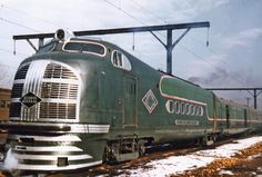 "Green Diamond: 10032: Illinois Central Railroad: 1930s-1940s: Diesel Powered Lightweight Streamlined Train: 5-Car Set: No. 10032 ""Green Diamond"" Streamliner Train"