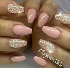 Pink Peppermint & Diamond by MargaritasNailz from Nail Art Gallery Nude pink glitter nails Pink Glitter Nails, Fancy Nails, Love Nails, My Nails, Shiney Nails, White Glitter, Peach Nails, Baby Pink Nails Acrylic, Gold Gel Nails