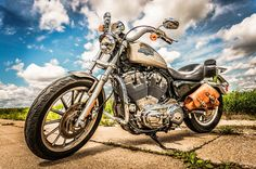DIY Full Drill Square Diamond Painting Motorcycle Cross Stitch Embroider - Motocycle Pictures and Wallpapers Harley Davidson Sportster 883, Harley Davidson Motorcycles, Road Trip Songs, Road Music, Moto Cross, Diamond Drawing, Drawn Art, Classic Harley Davidson, Step By Step Painting