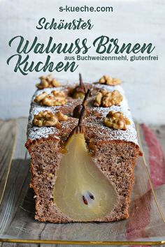 Walnuss Birnen Kuchen mit Buchweizenteig – schönster Birnenkuchen For me the most beautiful walnut and pear cake ever. Super tasty too. The dough consists of gluten-free buckwheat flour and grated walnuts with a hint of cinnamon and cardamom Baking Recipes, Dessert Recipes, Cake Recipes, Dessert Oreo, Beaux Desserts, Sweet Bakery, Food Cakes, Cakes And More, Cake Cookies