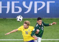 FOTOS: A nivel de cancha, las mejores imágenes del partido entre México y Suecia