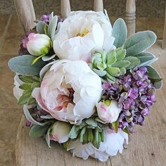 Rustic chic silk flower bouquet by @southerngirlweddings #silkflowers