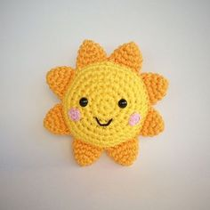 Sol Amigurumi - free crochet pattern in English and Portuguese by Vanessa Doncatto - Yarn Handmade. Toys Patterns amigurumi ravelry Sol Amigurumi pattern by Vanessa Doncatto - Yarn Handmade Crochet Toys Patterns, Baby Knitting Patterns, Amigurumi Patterns, Stuffed Toys Patterns, Crochet Stitches, Knitting Toys, Afghan Patterns, Crochet Gifts, Free Crochet