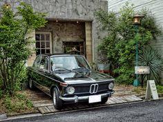 2016/07/11 :: BMW 2002 RICOH GR 広島市内中心部のオシャレなお店にて