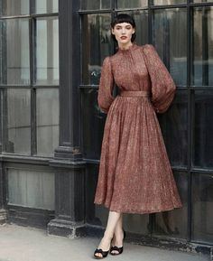 Ulyana Sergeenko Fall-Winter Demi-Couture collection is now available in our showroom in Moscow and for online order ❤️ Осенне-… Fashion Mode, Modest Fashion, Hijab Fashion, Fashion Dresses, Fashion Music, 40s Fashion, College Fashion, Paris Fashion, Style Fashion