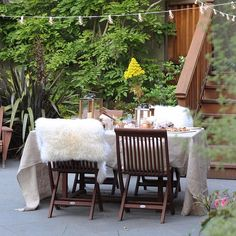 8 Ways to Make Your Outdoor Entertaining Pinterest-Worthy: Whether your outdoor space is a backyard garden or an apartment balcony, if you can fit a table there, you can entertain al fresco.