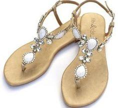 y estas sandalias que te parecen para una boda al aire libre, de esas de verano?