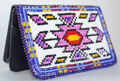 Native American Patterns, Beadwork Designs, Beaded Christmas Ornaments, Coin Purse Wallet, Card Holders, Beading Patterns, Belt Buckles, Quilling, Wallets