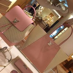 2017 Louis Vuitton Neverful & Backpack For Fashion Women.