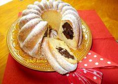 Csokoládékrémmel töltött kuglóf Bread Dough Recipe, Ring Cake, Savarin, Pound Cake, Croissant, Scones, Cookie Recipes, Muffin, Bakery
