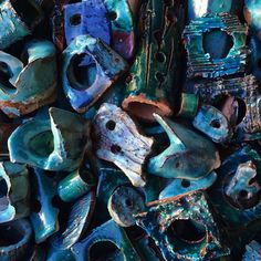 #bluemonday | Piles of blue hued ceramic objects by @dovedrury #ceramic #martynthompsonstudio